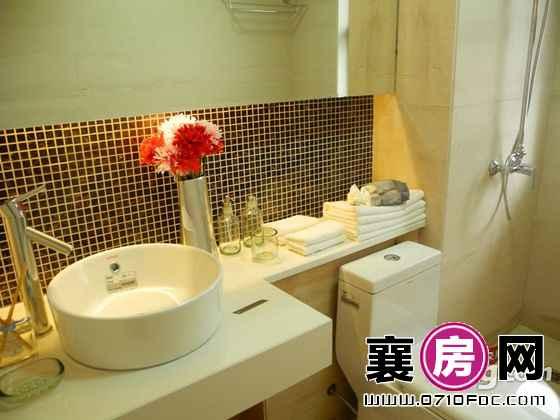 民发世界城二期B2户型样板间洗手间
