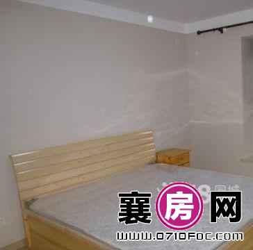 晖月小区 1室1厅38平米 精装修 押一付一(个人)