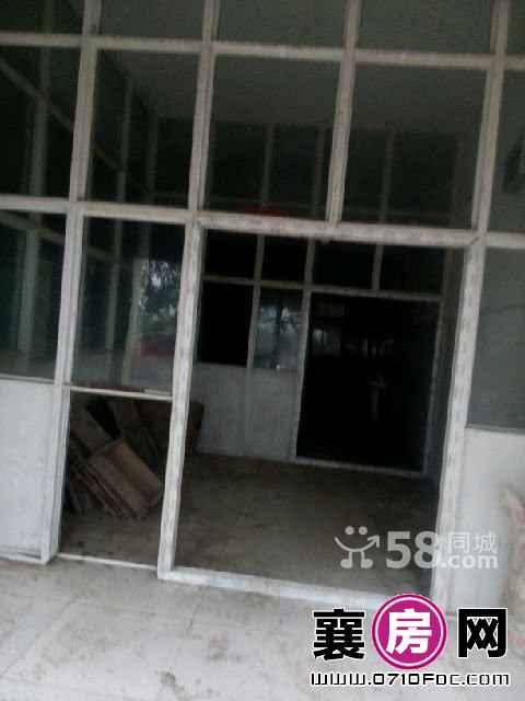 团山镇农机市场附近 仓库 170平米