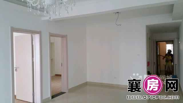 襄遇 2室2厅100平米 精装修 半年付(个人)