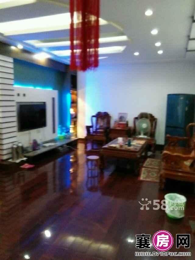 (出售) 人民广场宝地花园 3室2环境好厅1卫