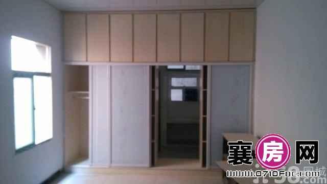 职工街私房 1室0厅25平米 简单装修 押一付三(个人)