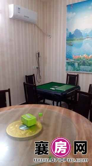 江山南路餐馆1.8万带房租急转