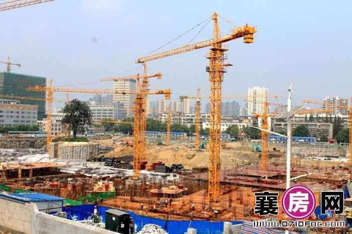 华凯·襄阳天下正在建地下车库(2015-9-1)