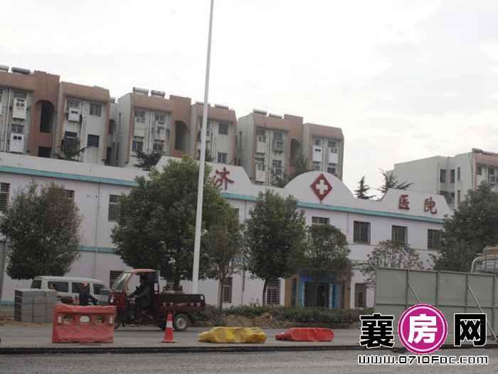 襄阳碧桂园项目对面普济医院(2015-11-3)