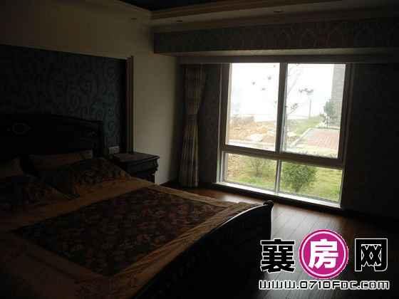 东湖国际花园望湖150㎡临湖小洋房样板间卧室
